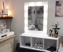 Make up station