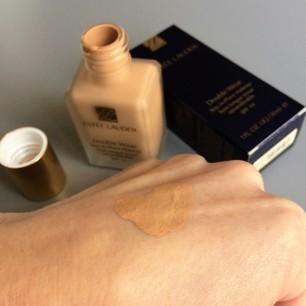 double-wear-texture-fluide